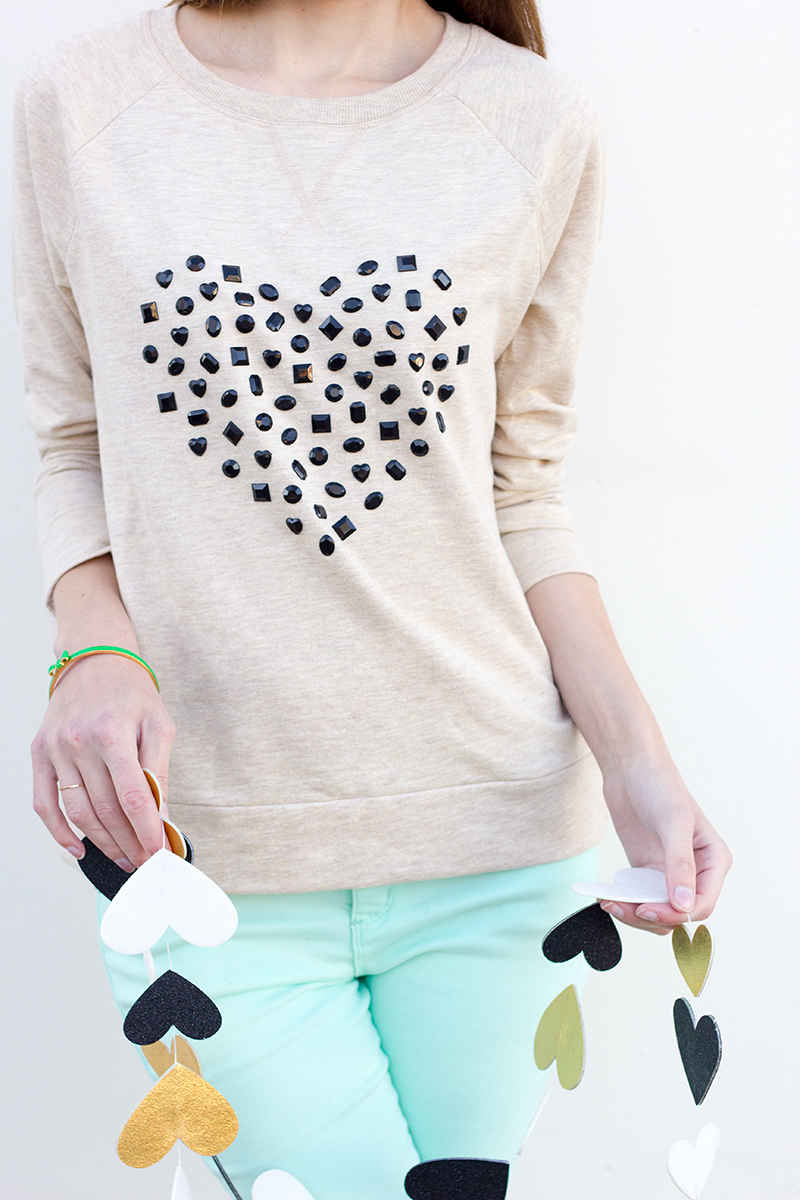 DIY-Jeweled-Heart-Sweatshirt13